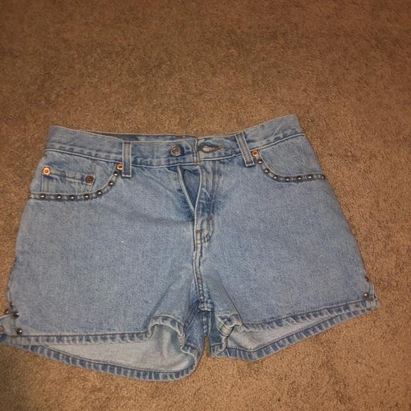 Levi's Pants - Levi's studded shorts
